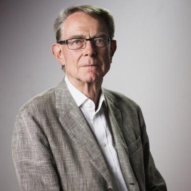Gerhard Narholz Wins Hall of Fame Award